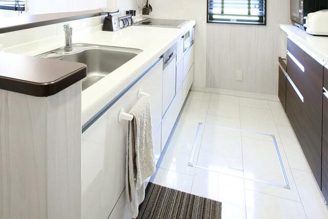 キッチンの通路幅は何㎝が最適? 幅別の使い勝手を簡潔に解説
