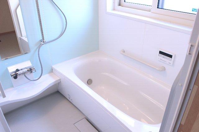 気になる水道代やガス代……お風呂代を節約する方法