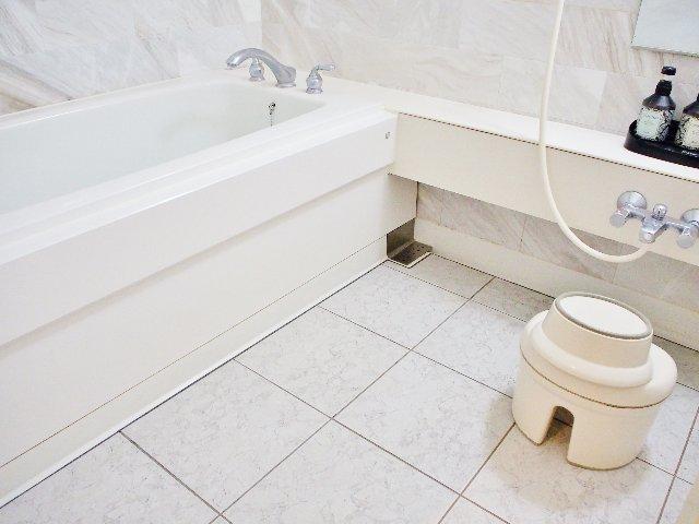 お風呂がすぐ冷める…その原因と解決策とは?