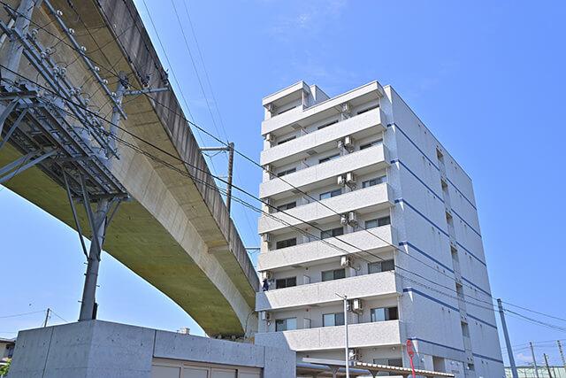 窓から見直すマンションの騒音対策~電車や道路の防音策3選~