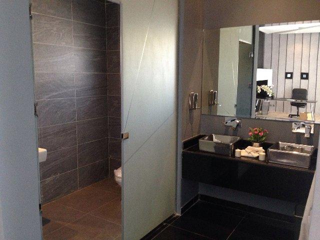トイレの音がほかの部屋に漏れてしまう……トイレの防音対策とは?