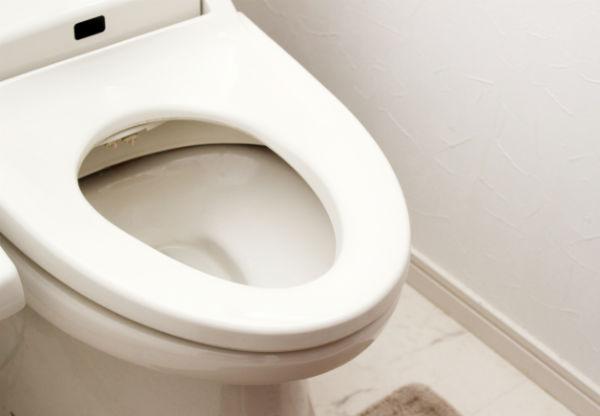 トイレの水漏れの原因と対策