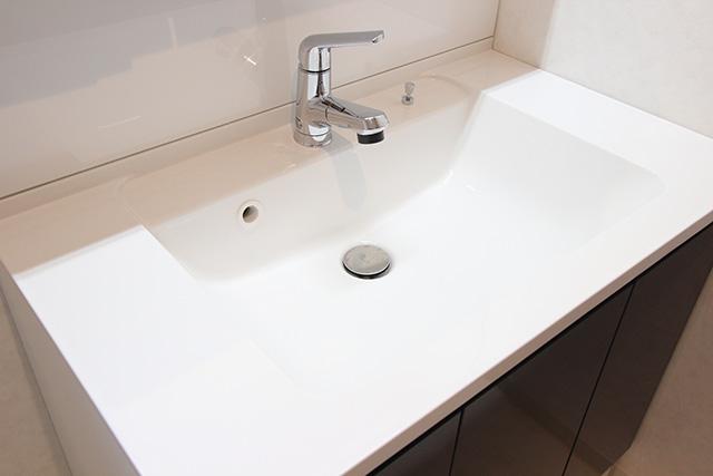 洗面台のボウルの材質・素材の選び方! 交換すべきタイミングも解説